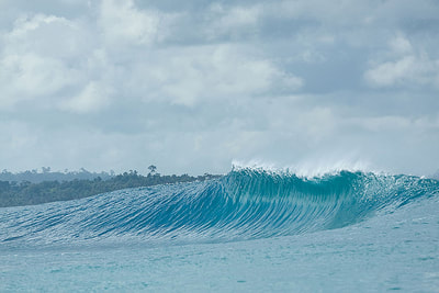 secret surf spot wave mentawais islands d'bora