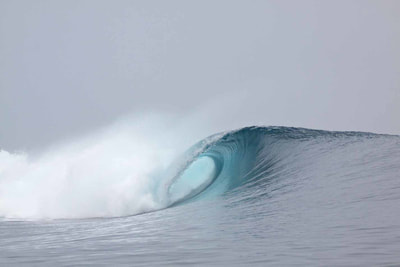 thunders mentawais islands surf spot